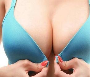 隆胸修复价格贵吗 保定宝特整形医院做假体取出安全吗