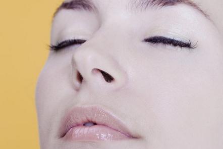 怎样让鼻翼变小 自贡华美紫馨整形医院做鼻翼缩小整形价格