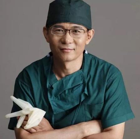 国内有哪些知名的隆胸专家 医学科学院栾杰教授挂号专用通道
