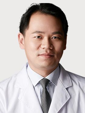 深圳阳光整形医院李鹏医生做双眼皮整形收费贵不贵