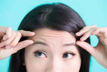 额头上有皱纹怎么去除 南昌天妃整形医院做激光去抬头纹得多少钱