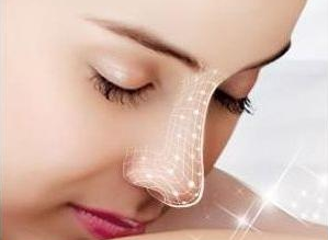 温州加美美容医院隆鼻哪个专家做的好 自体软骨隆鼻自然吗