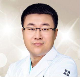 眼睑下垂矫正专家哪个好 力荐大连爱德丽格整形医院刘志刚