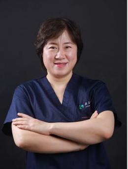 深圳北大医院整形外科李天石医生做激光祛眼袋的优点 会反弹吗