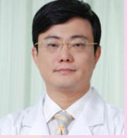 鼻子不够漂亮怎么整 广州海峡整形医院李希军院长做<font color=red>鼻综合</font>整形价格