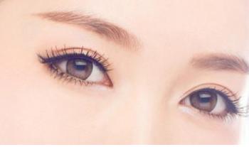 重庆联合丽格主任党宁做双眼皮修复好吗 手术复杂吗