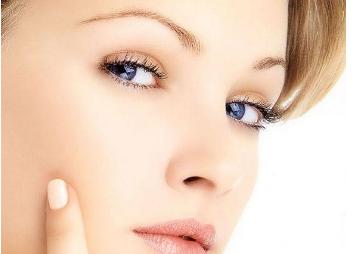 长沙亚韩整形医院段春巍做双眼皮修复多少钱 术后留疤吗