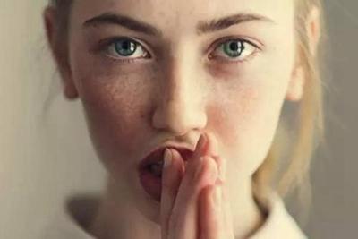 【激光去雀斑】专业祛斑 肌肤白净无瑕的秘密