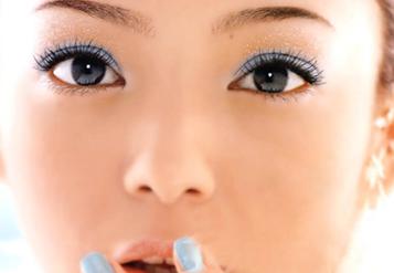 宁波第一医院整形科胡文波超声去眼袋 简单实用 瞬间年轻
