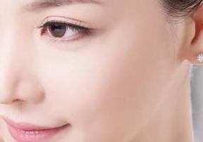 南宁韩成整形医院段家海激光除痣 肌肤光洁如玉