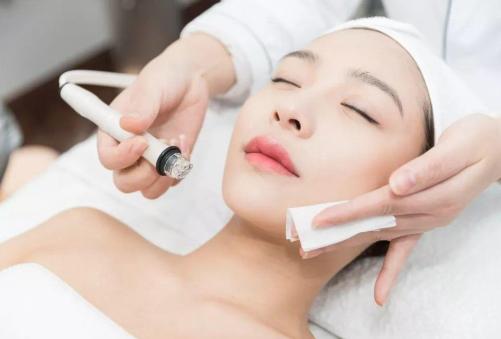 光子嫩肤有依赖性吗 北京加减美整形医院为美丽加分