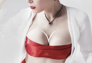 天津联合丽格整形医院王文凯做隆胸修复专业 价格贵吗