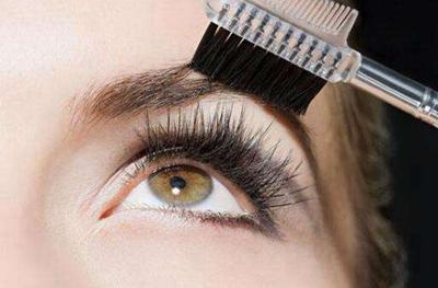 广西南宁植发医院眉毛种植效果自然持久 过程轻松简单