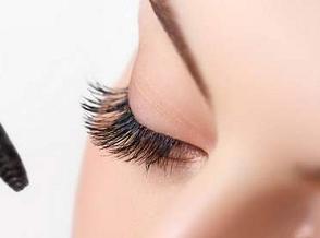 合肥军大医院植发科种植睫毛效果怎么样 睫毛种植存活率高