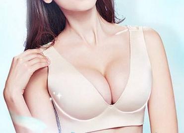 南昌时光整形李树平做假体隆胸需要多少钱 术后需要按摩吗