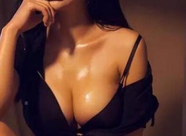 广州韩后【隆胸整形优惠】假体隆胸 让你A变C罩杯