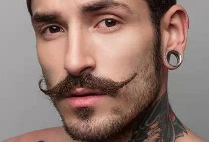 胡须种植费用高吗 北京雍禾植发李建新让胡须体现男性魅力