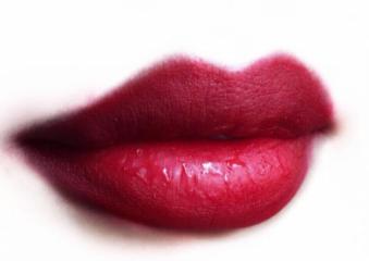 丰唇方法 深圳希思整形刘瑶玻尿酸丰唇经验足 丰润性感