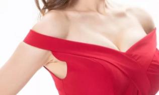 上海时光【自体脂肪丰胸】效果丰满 又飒又性感【惠】