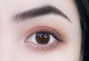 北京哪家医院植发技术好 眉毛种植让眉型更自然浓密