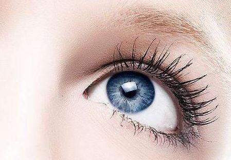 怎么去眼袋 济南韩式白永辉医生激光去眼袋 眼睛充满神韵