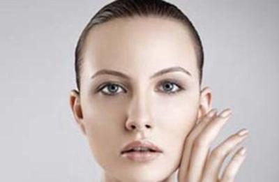 哈尔滨211医院植发好吗 发际线种植帮你轻松解决秃额头
