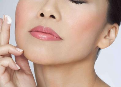 厚嘴唇如何能够变薄 厚唇改薄有怎么样的优势
