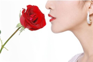 漂唇术价格影响因素是什么 效果可以保持多久呢