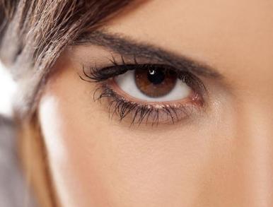 激光去黑眼圈疼吗 去黑眼圈多少钱 找回眼部年轻态