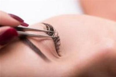 西安雍禾植发医院地址 睫毛种植对眼睛有伤害吗