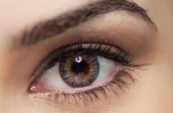 长沙开眼角多少钱 开眼角手术有风险吗