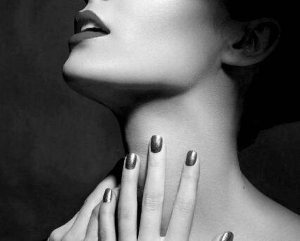 颈部除皱多少钱 开封美缘整形激光去颈纹费用