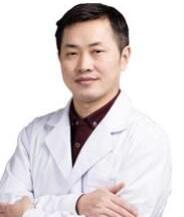 哪些人适合做乳房再造术 哈尔滨艺星整形医院童列健专业吗